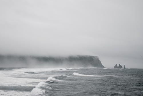 dalgalar, deniz, deniz manzarası, el sallamak içeren Ücretsiz stok fotoğraf