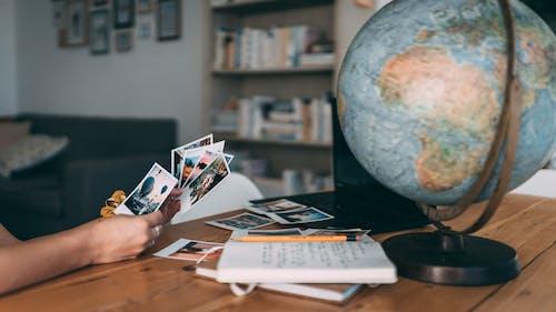Fotos de stock gratuitas de esfera, espíritu viajero, foto polaroid, fotografía analógica