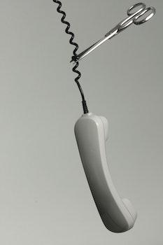 Kostenloses Stock Foto zu schwarz und weiß, kabel, verbindung, technologie