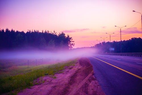 Fotobanka sbezplatnými fotkami na tému asfalt, cesta, deň, farba