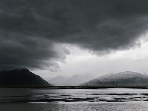 bulut, bulutlu, dağ, dramatik içeren Ücretsiz stok fotoğraf