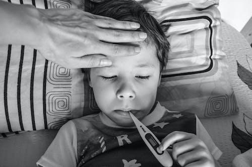 Бесплатное стоковое фото с Анонимный, безликий, болезнь, больной