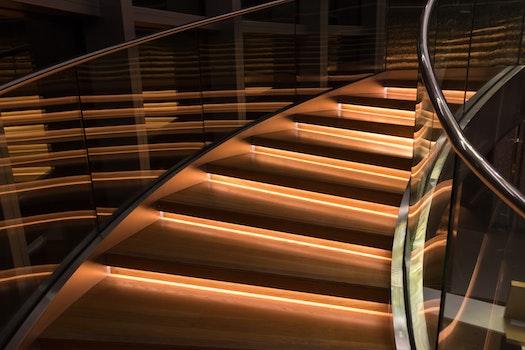Kostenloses Stock Foto zu stufen, schritte, glas, luxus