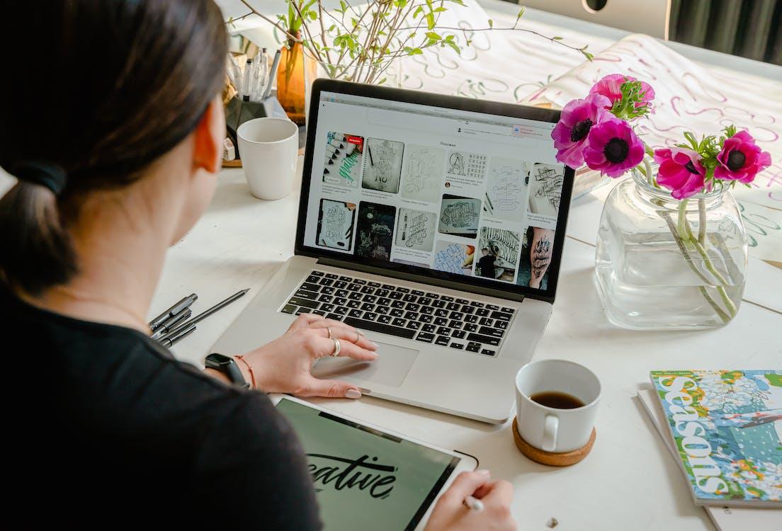 Punya keahlian Mmebuat materi? Mulai ide bisnis 2021 dengan membuat e-book