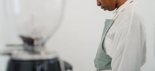 Foto profissional grátis de afro-americano, ambiente de trabalho, aparelho