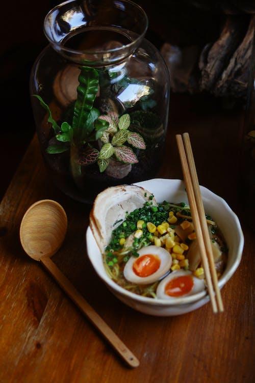 Kostenloses Stock Foto zu abendessen, asiatisches essen, blatt, design