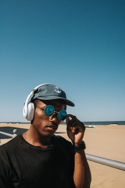 Photos gratuites de audio, bord de mer, branché