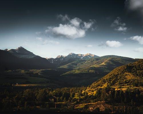 Základová fotografie zdarma na téma estetický, hora, klesající hvězdy, krásná obloha