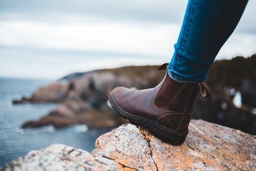 Fotos de stock gratuitas de calzado, efecto desenfocado, enfoque superficial, horizontal