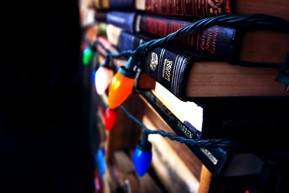 binnen, binnenshuis, boeken