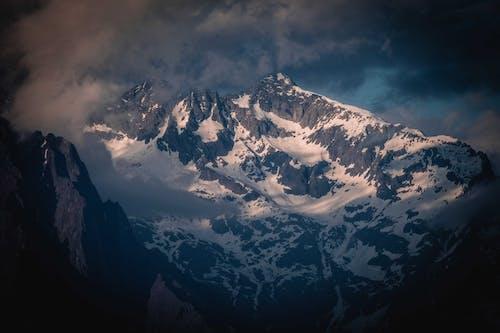 Gratis arkivbilde med daggry, eventyr, fjell, forkjølelse