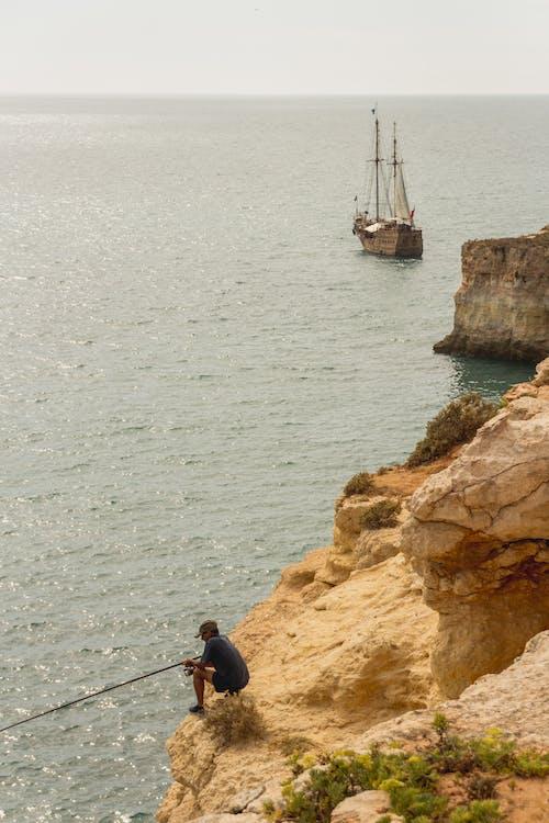 Kostnadsfri bild av algarve, båt, fiskare, hav