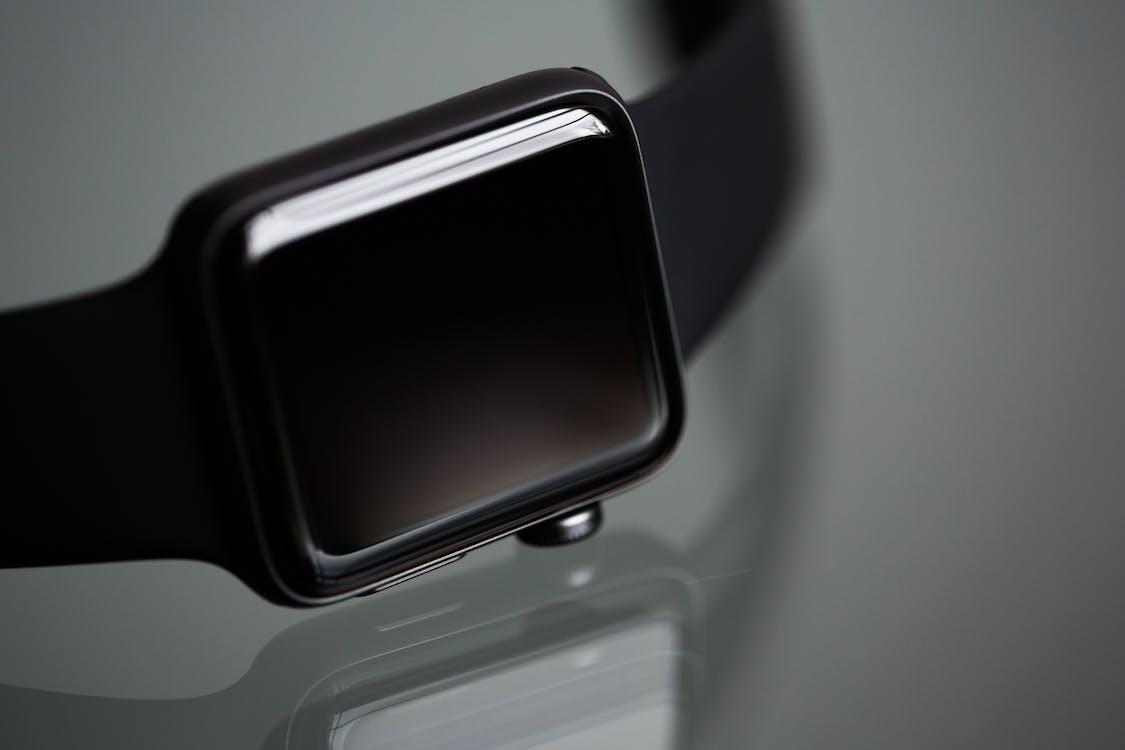 Apple Watch mampu menguasai pasar hingga 50 persen