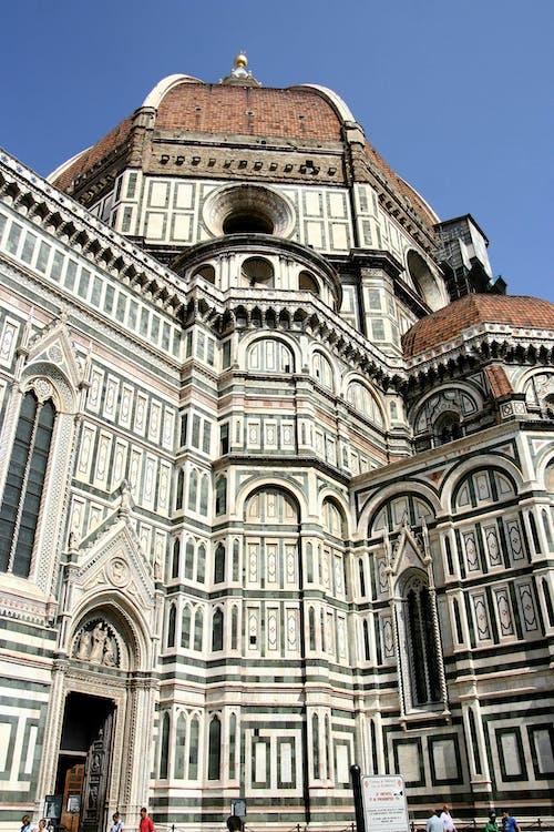 Foto profissional grátis de arquitetura, atraente, capela, católico