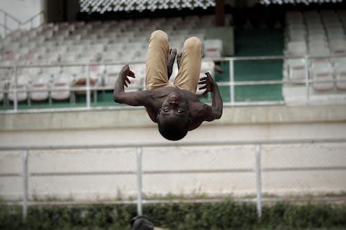 Fotos de stock gratuitas de acción, acrobático, actividad, activo