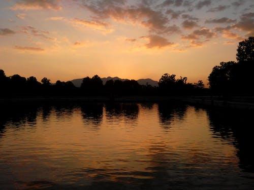 Immagine gratuita di natura, nuvole, riflesso, sereno