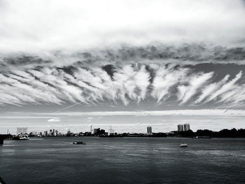 Бесплатное стоковое фото с вода, горизонт, город, городской