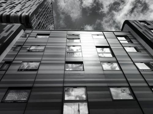 Imagine de stoc gratuită din alb-negru, cer, clădiri, design arhitectural
