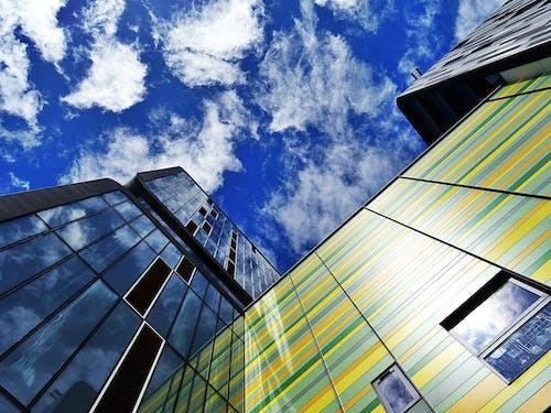 Immagine gratuita di architettura, bicchiere, cielo, edificio