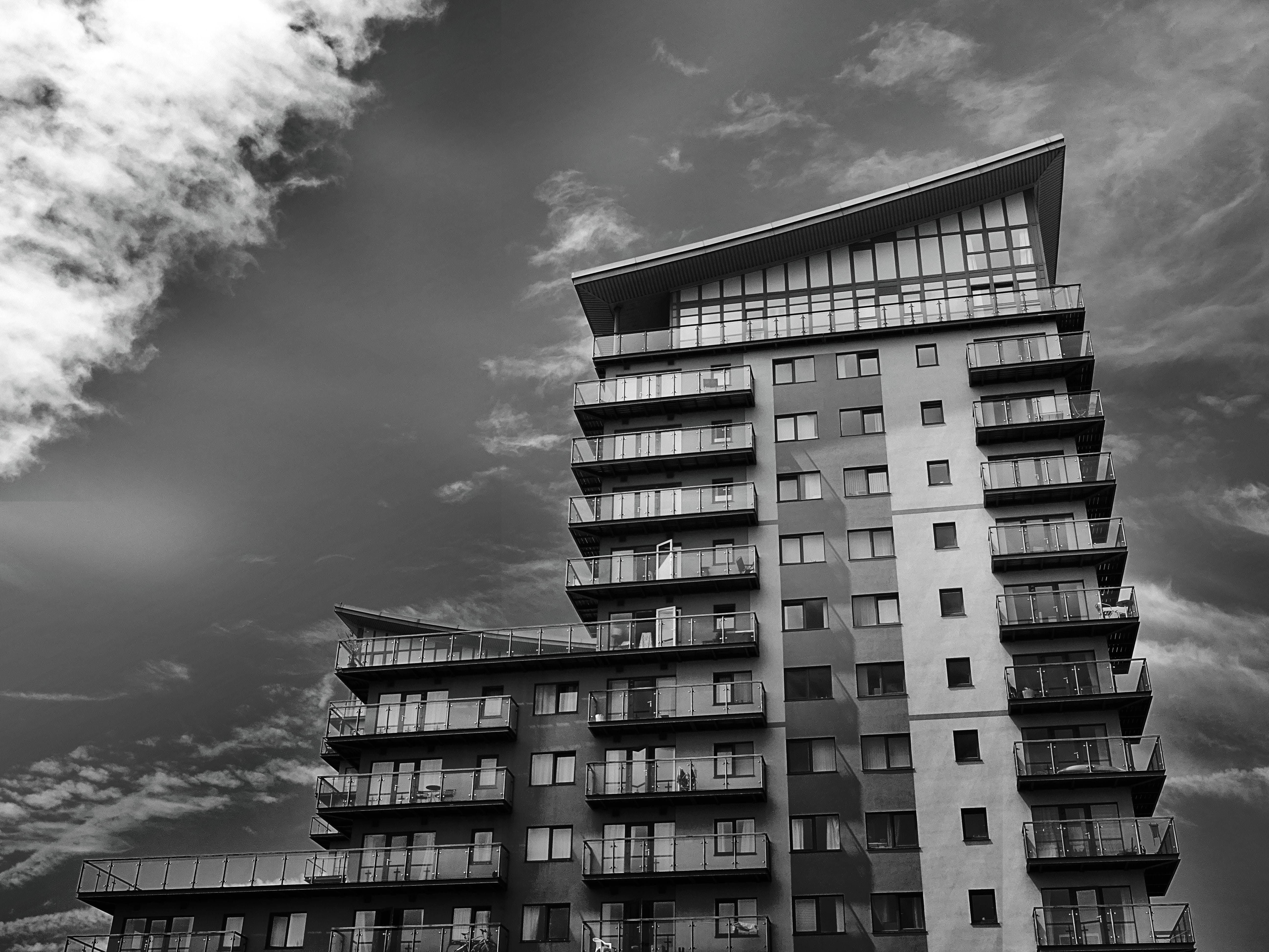 Ilmainen kuvapankkikuva tunnisteilla arkkitehtuuri, asunto, auringonlasku, ikkunat