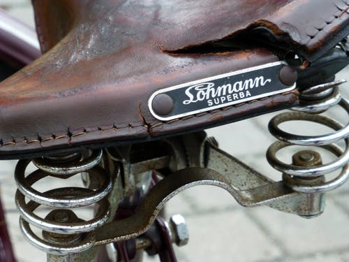 Free stock photo of braun, dreckiges fahrrad, fahrradsattel