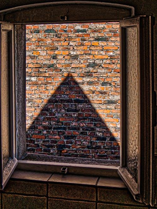 Free stock photo of alte fenster, ausblick, Blick, dreieck
