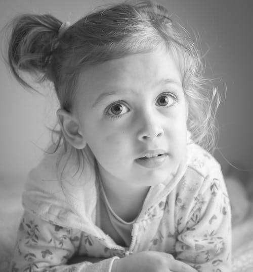 Kostenloses Stock Foto zu blanco y negro, chillen, entspannen