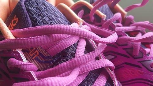 Immagine gratuita di asics, concentrarsi, lacci delle scarpe, primo piano