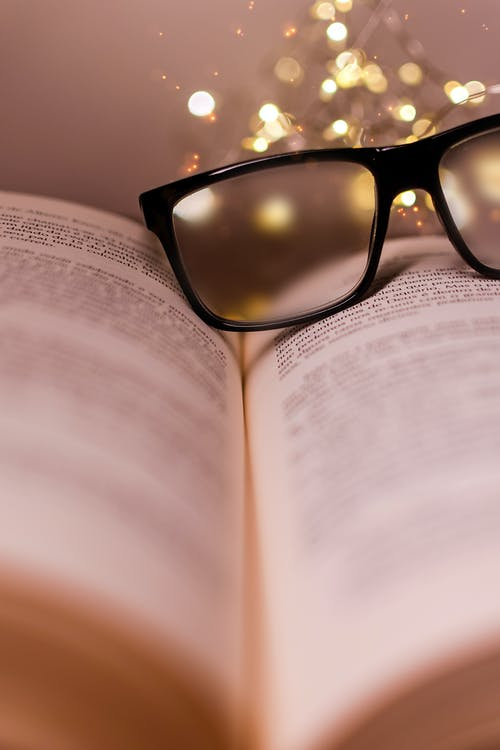Free stock photo of livro, luzes, oculos, wallpaper HD