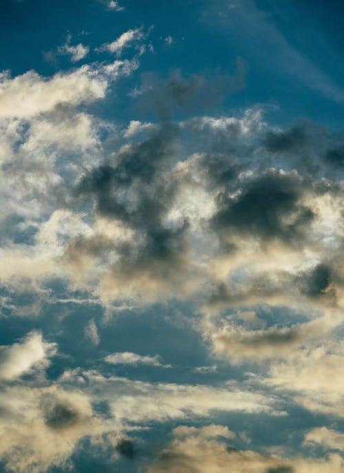 Ảnh lưu trữ miễn phí về bầu trời đêm, màu xanh da trời, những đám mây