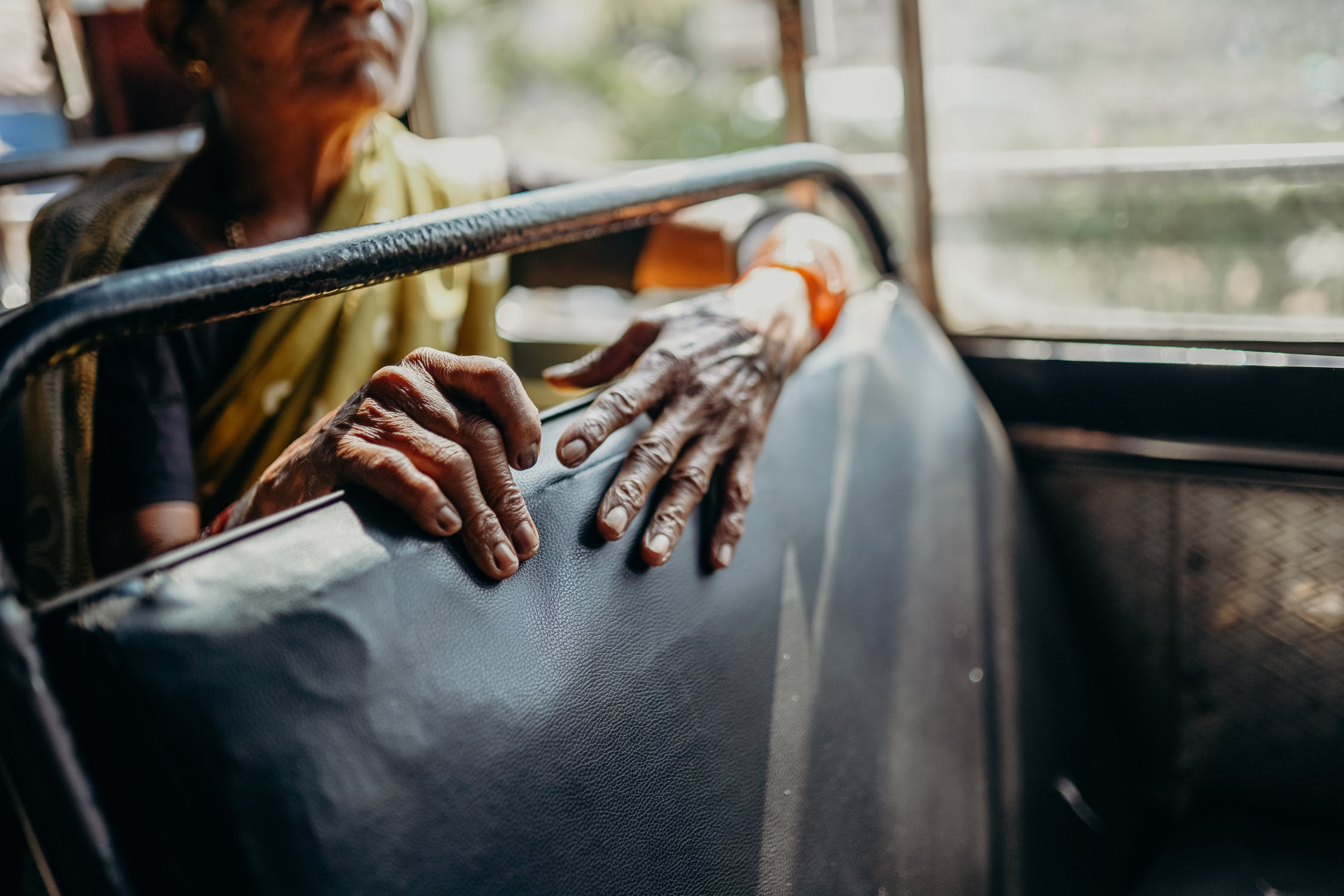 Indian Bus @pexels