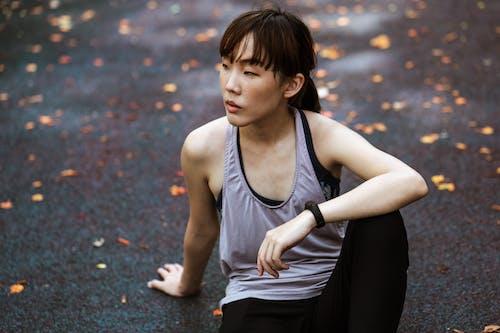 Ilmainen kuvapankkikuva tunnisteilla aasialainen, activewear, ajattelu, älykello