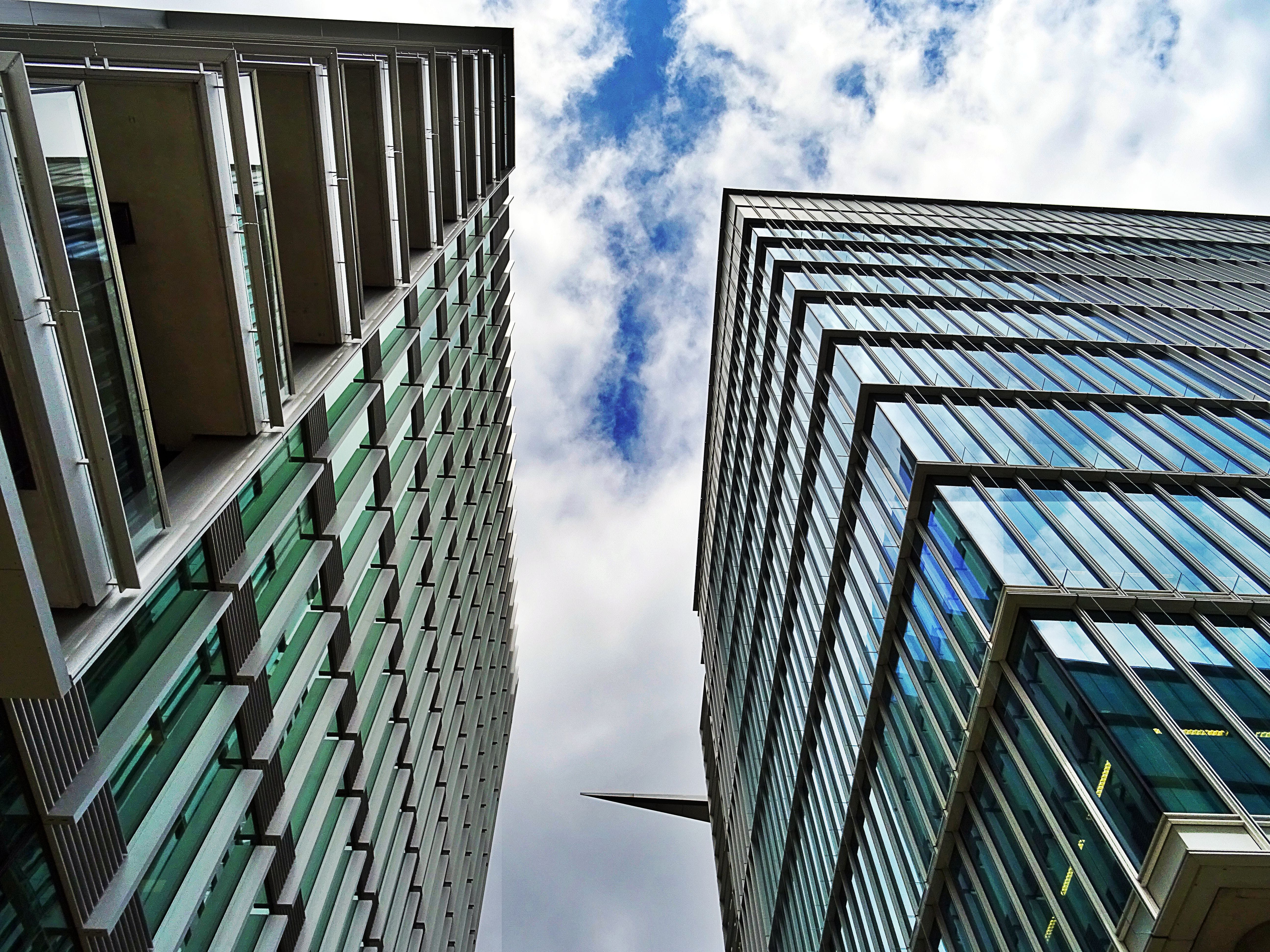 건물, 건물 외관, 건축 설계, 고층 건물의 무료 스톡 사진