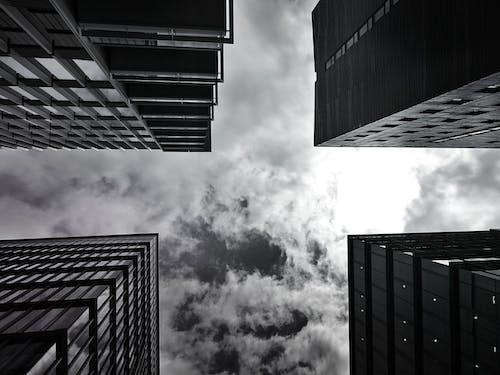 Foto profissional grátis de alto, aparência, arranha-céus, céu