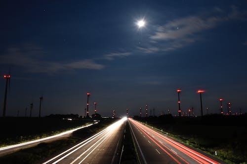 ウィンドファーム, スピードウェイ, トラフィックの無料の写真素材