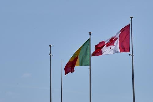 Photos gratuites de bleu, canada, ciel, drapeaux
