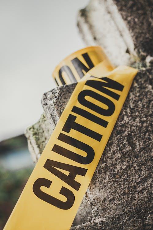 Foto profissional grátis de alerta, amarelo, atenção