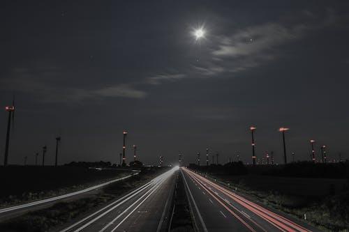 nachtaufnahme, verkehr, アウトバーンの無料の写真素材