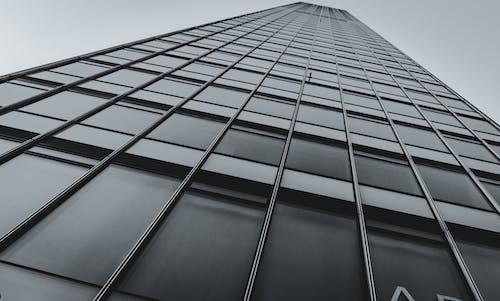 Fotos de stock gratuitas de arquitectura, blanco y negro, comercio