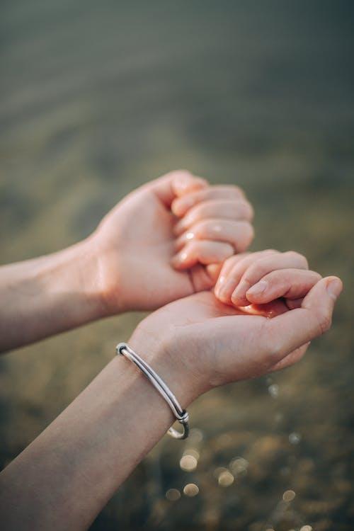 Immagine gratuita di acqua, adulto, amore