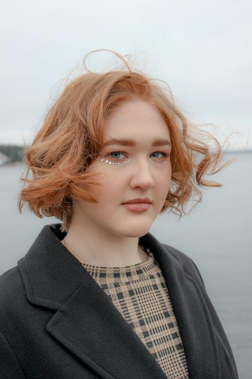 Fotobanka sbezplatnými fotkami na tému 20-25 лет женщина, dievča, dospievajúci