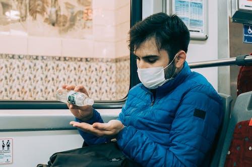 Kostnadsfri bild av allvarlig, antiseptisk, buss, coronavirus