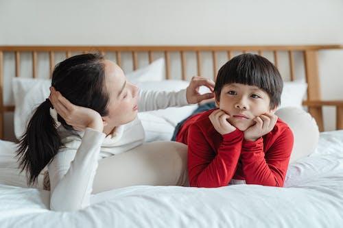 Gratis lagerfoto af afslappet, asiatisk, barn, barndom