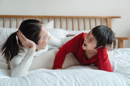 aktivite, anne, annelik, armoni içeren Ücretsiz stok fotoğraf