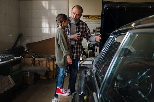 Immagine gratuita di auto, auto riparazione, box auto, famiglia