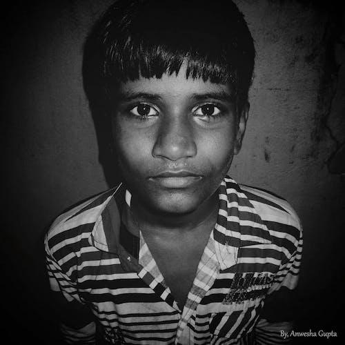 疼痛, 移動攝影, 肖像, 黑與白 的 免費圖庫相片
