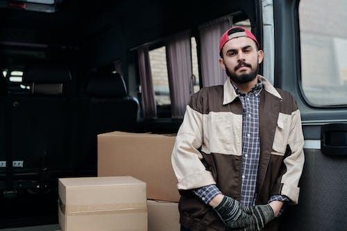 Darmowe zdjęcie z galerii z bagaż, biznes, dorosły, furgonetka