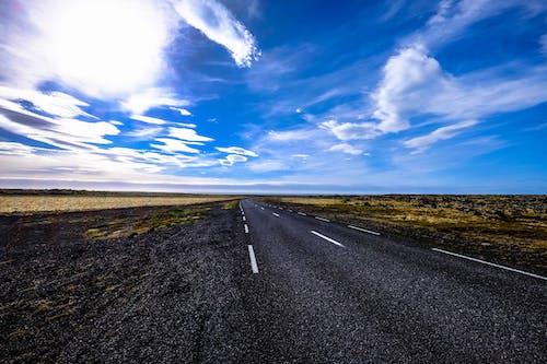 Fotobanka sbezplatnými fotkami na tému asfalt, cesta, cestný výlet