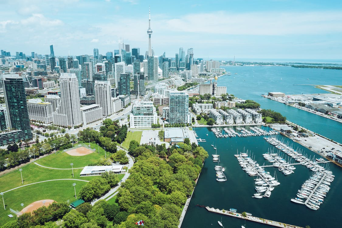 Panorama of Toronto and the marina with green parks.