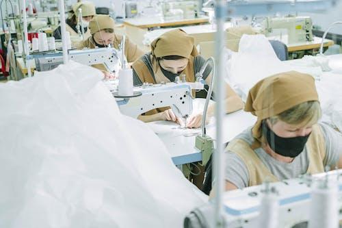 Ingyenes stockfotó alapvető szolgáltatás, álló kép, arc álruhában, arc maszk témában